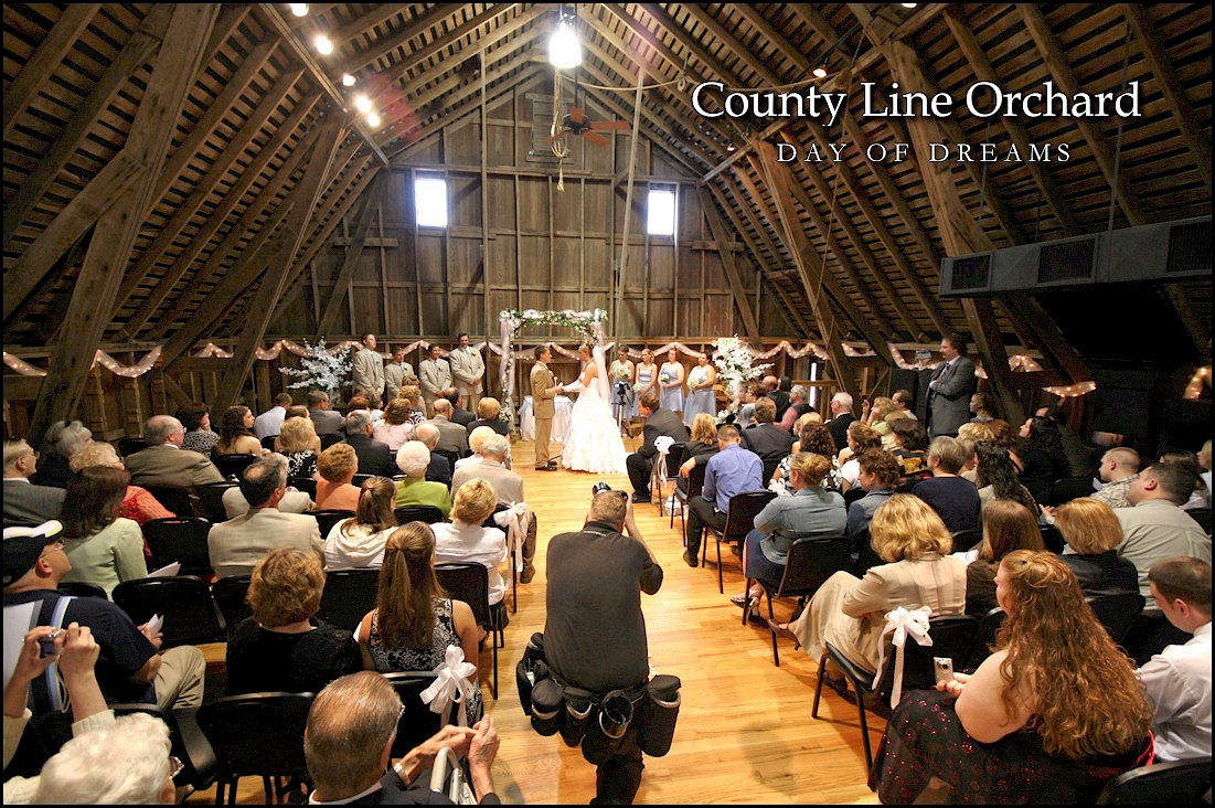 i need a beautiful place to have barn wedding near